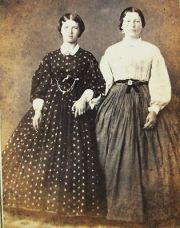 1840-1850s dickens victorian costuming