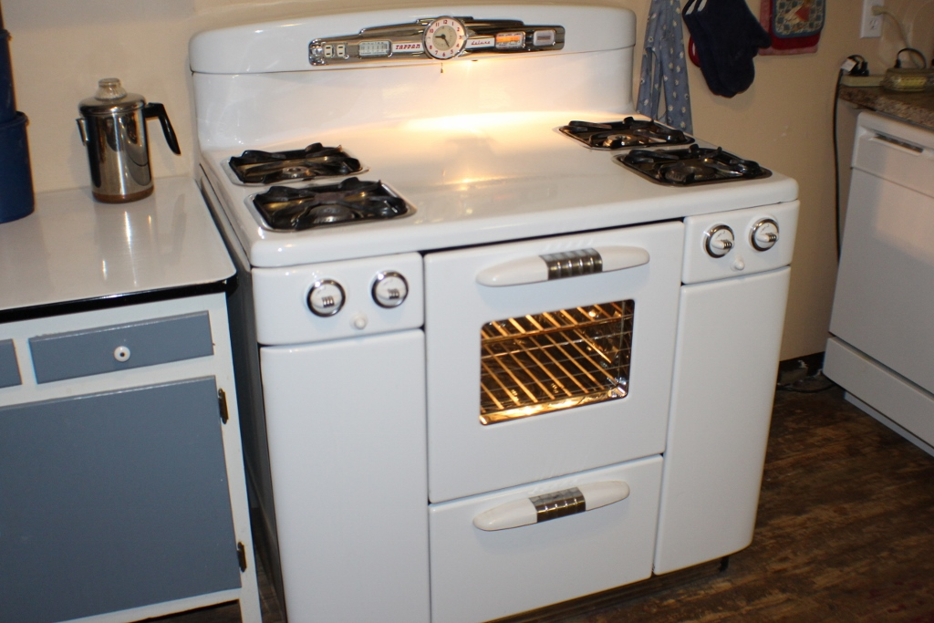 My Tappan Deluxe Stove - Jeanne McDonald