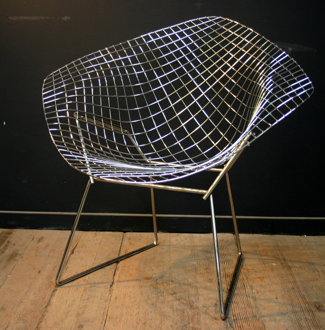 Harry Bertoia Chair Q How Do You Turn A Harry Bertoia Diamond Chair Into A