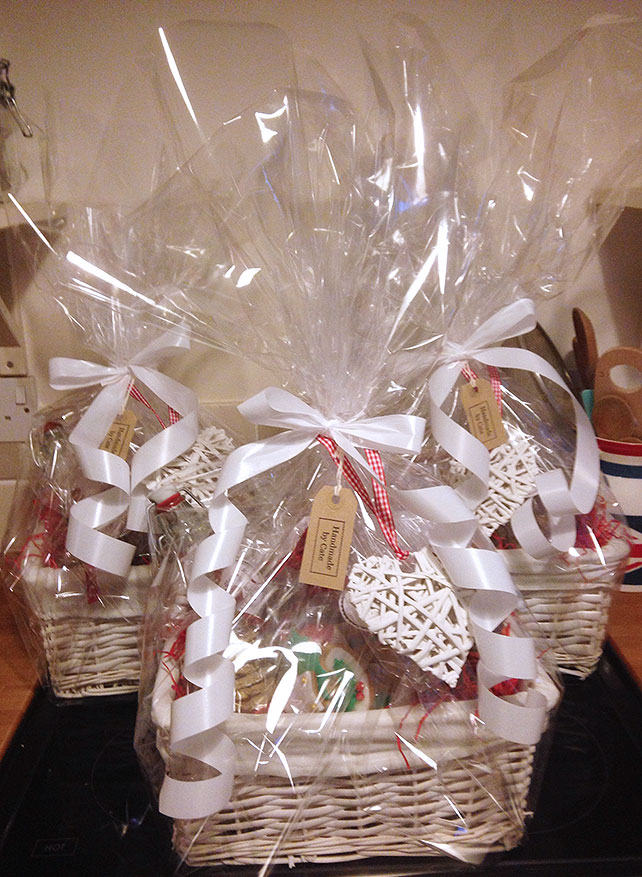 How to Make Your Own Handmade Christmas Hampers  Vintage Gal