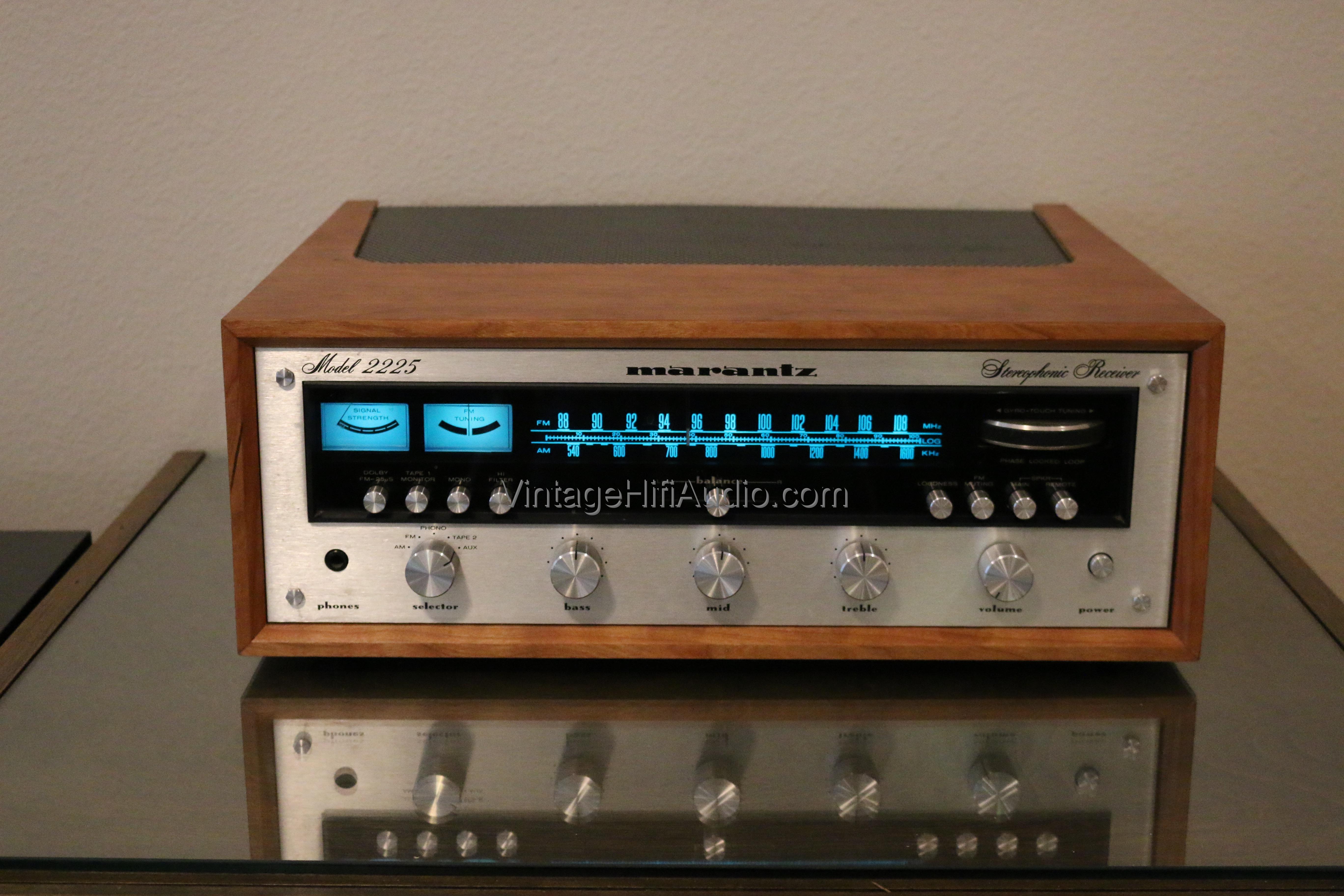 Marantz 2225  Vintage Hifi Audio