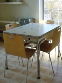 Vintage Indie: Inspirational Vintage Furniture Fix-up from ...