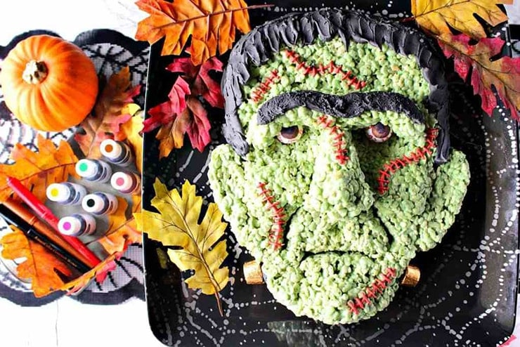 Frankenstein Rice Crispy Treat- Ghoulishly Good! #Halloween Party Recipes and Ideas