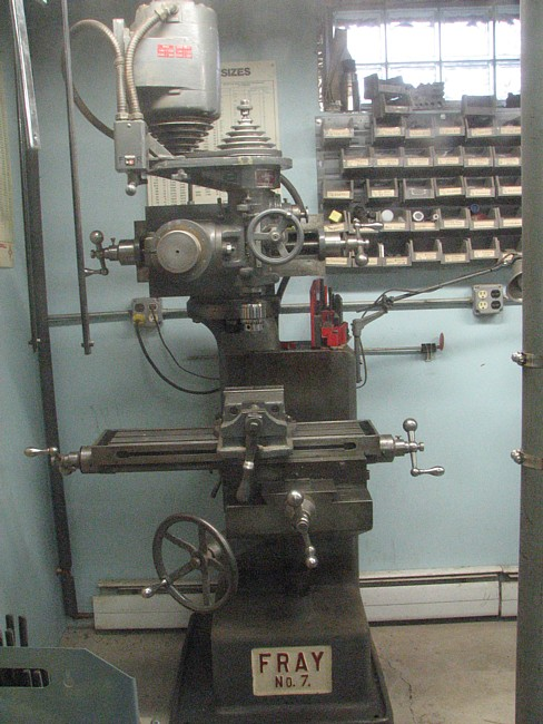 Fray Milling Machine