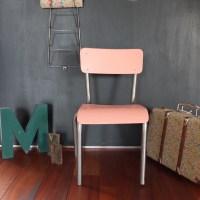 Petite chaise de maternelle