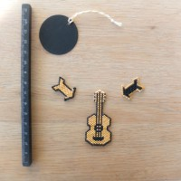 Guitare perles miyukis