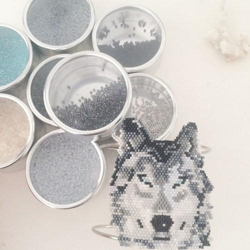Le loup - grille téléchargeable perles miyukis