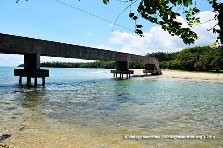 Baie du Tombeau Le Goulet Beach Bridge