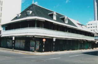 Port Louis - Royal Street - Old Colonial Building