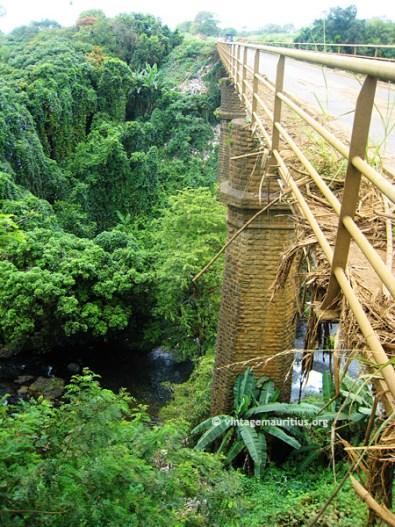 Riviere des Anguilles Railway Bridge