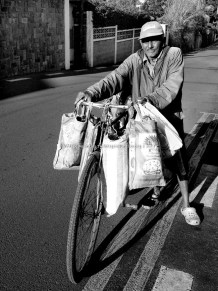 Vacoas - The Mobile Bread Seller - Hossanee