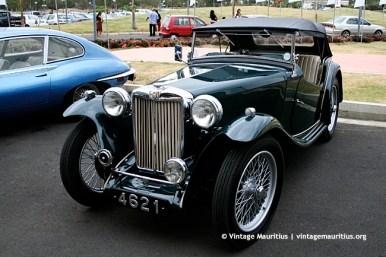 Vintage Austin Car Mauritius