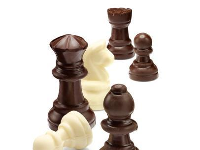 Chocolate_Checkmates