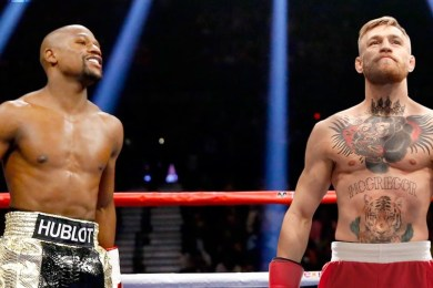 Floyd Mayweather Jr. Offers Conor McGregor $50 Million To Fight On New Years Eve
