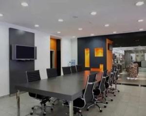Reformas comerciales sala de reuniones