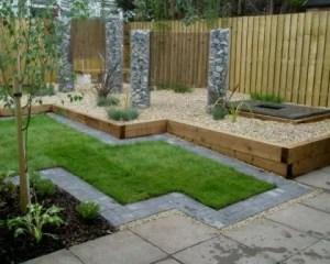 Reformas de exteriores hierba y pavimento de piedra