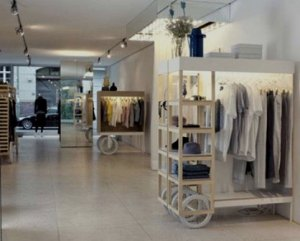 Reformas de tiendas con tonos claros