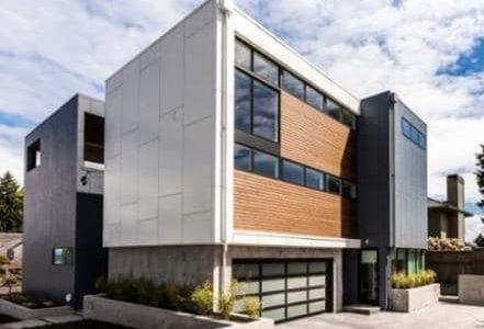 Construção de moradia de grandes dimensões.