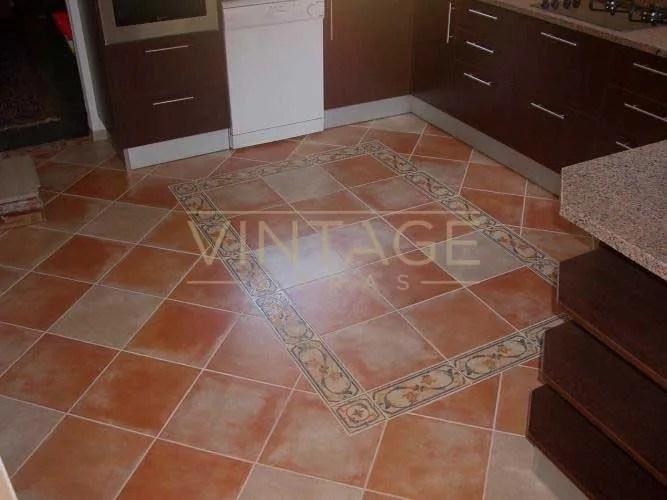 Remodelação de cozinha - aproveitamento do pavimento existente