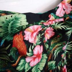 Gertie Sweetheart Birds Sundress, ruching detail | @vintageontap
