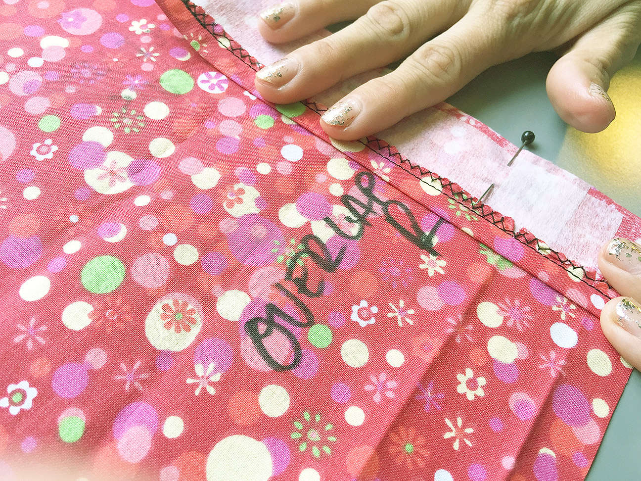 How to Sew a Kickpleat, Pinning Overlap Seam Allowance| @vintageontap