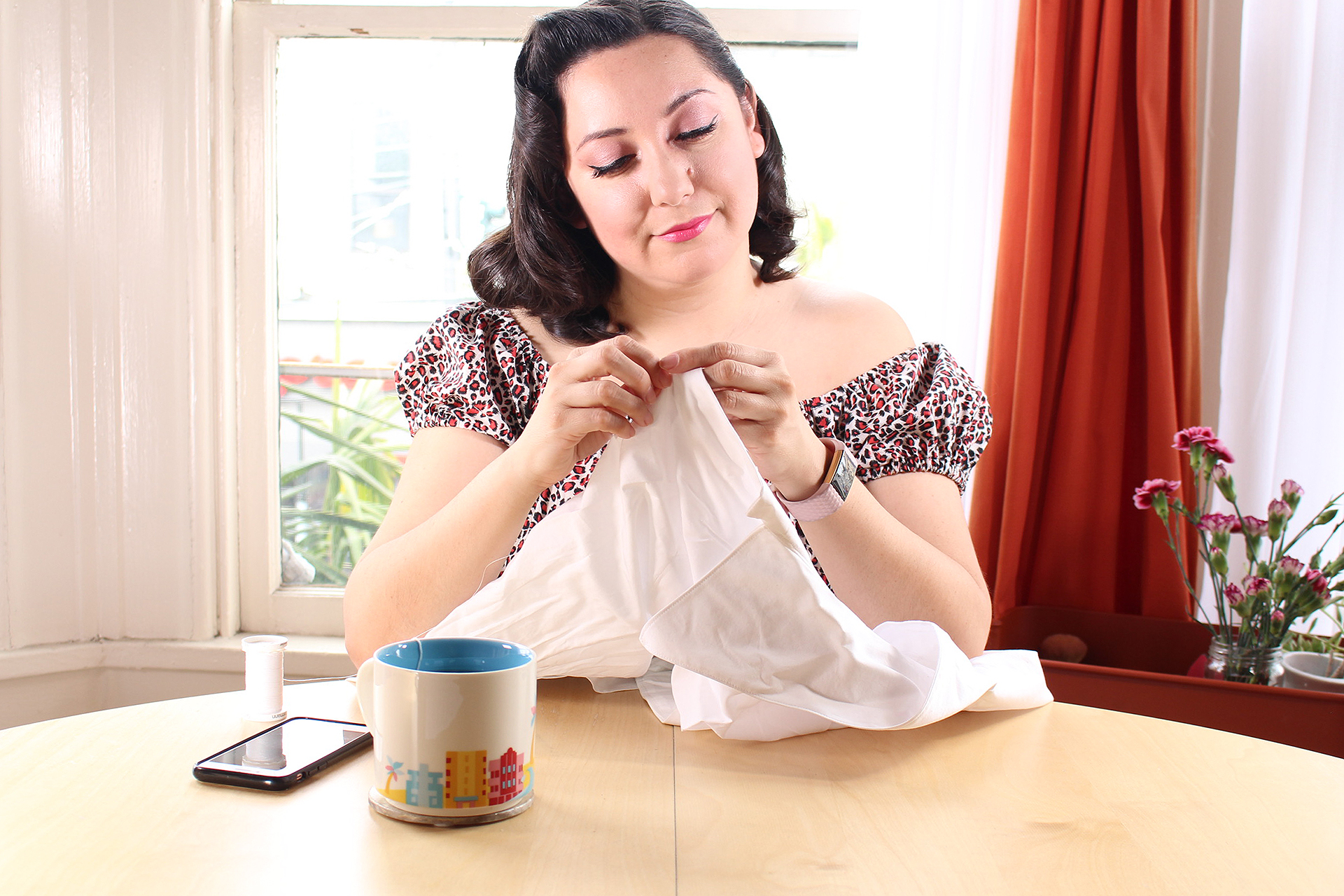 Sewing Improves your Self Esteem- blog post for my top 3 reasons why! | Vintage on Tap