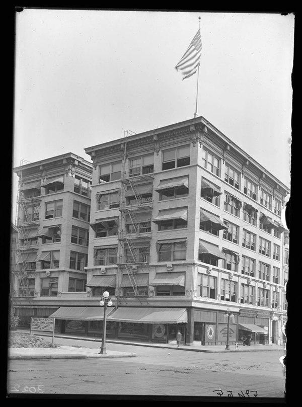 Beck Building 1910 Field Museum