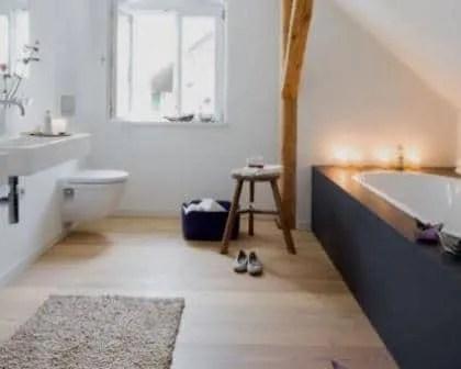Remodelações de casas de banho com loiças suspensas.