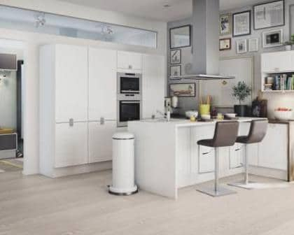 Remodelações de cozinhas com balcão.
