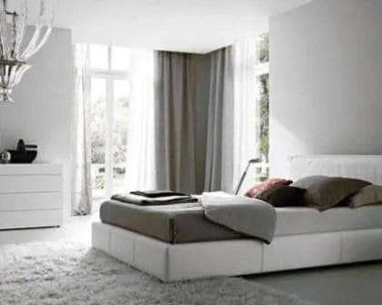 Remodelações de interiores de quarto de casal.