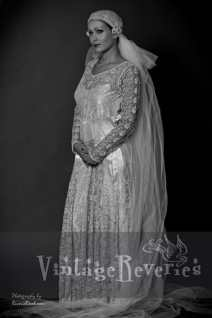 1920s wedding dress and veil St