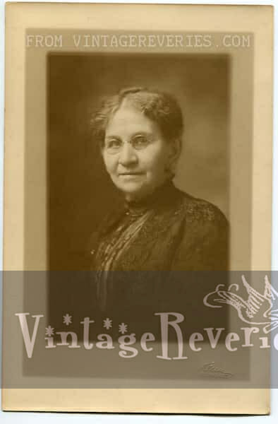 old woman with spectacles and black lace dress 1880s portrait