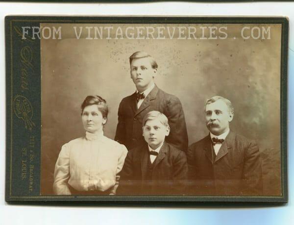 victorian family photo
