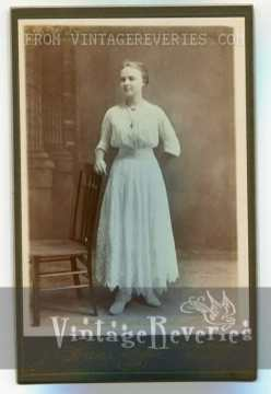 Edwardian era dress photograph