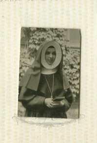 1930s nun picture