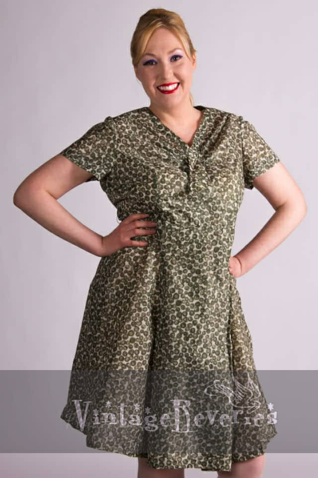 Vintage green polkadot dress – cute curvy 50s XL
