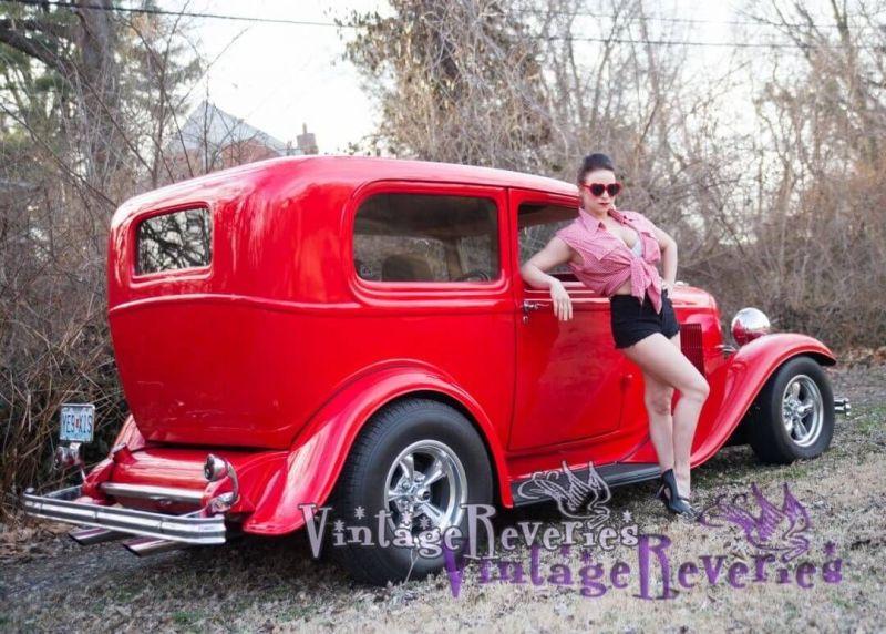 1950s bad girl pinup