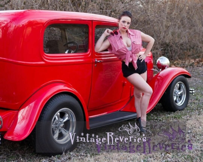 modern pinup photography