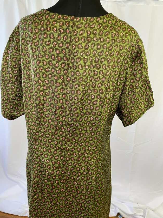 back of green vintage dress