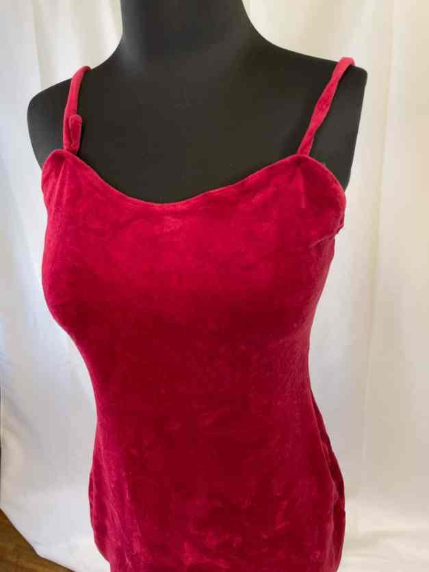 red sexy velvet mini-dress