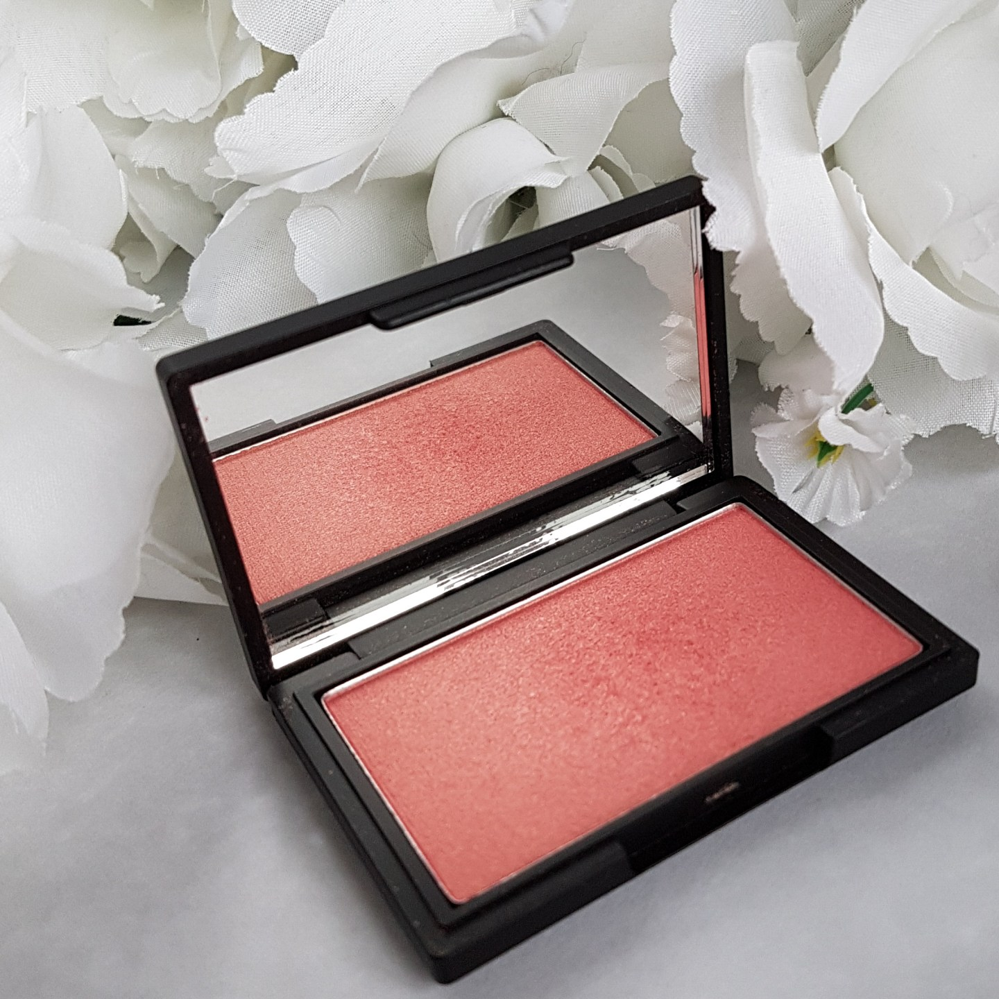Sleek Blusher Rose Gold