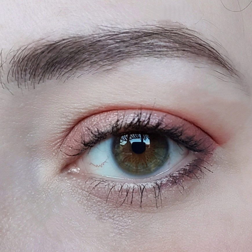 Makeup Revolution Eye Palette Spring Makeup Look