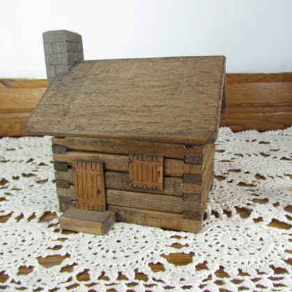 Log Cabin Music Box