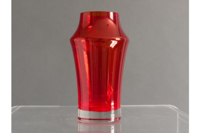 medium_riihimaki-red-glass-vase-by-tamara-aladin