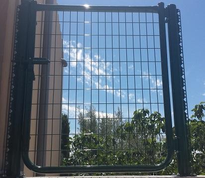Vinuesa vallas cercados como son las puertas met licas - Puertas para vallas ...