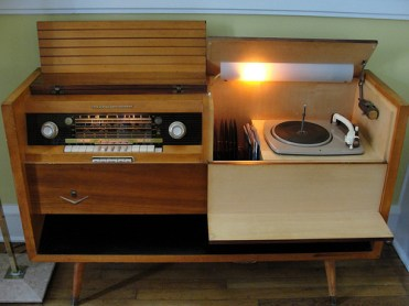 1957 Grundig Majestic Console Stereo