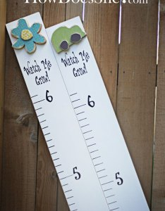 Growth chart in vinyl letters that says watch me grow and has the numbers also sticker  wall expressions rh vinylwallexpressions