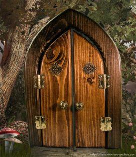 double-openin-fairy-door