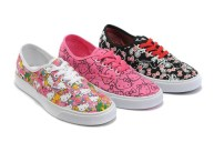 Cute_Converse_hello_kitty_women_shoes_at_hot_sell