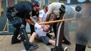 AP_ferguson_police_arrest_man_jt_140819_16x9_992